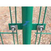 Cerca del acoplamiento de alambre bilateral con Post con oreja