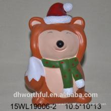 Figuras animais cerâmicos da raposa para a decoração do feriado
