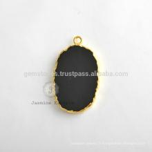 Vente en gros Black Onyx Slice Gemstone Bezel Charms, fabriqué à la main Micron plaqué or en argent sterling avec connecteur et charme