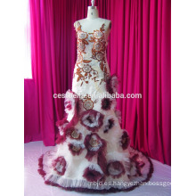 Nueva moda de la muestra de la vendimia de la manera que rebordea el cordón envuelve el vestido de boda musulmán