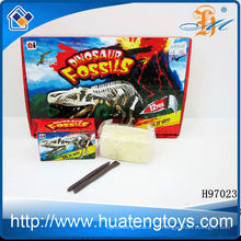 2014 juguetes al por mayor juguete de excavación de fósiles de dinosaurio juguete H97023