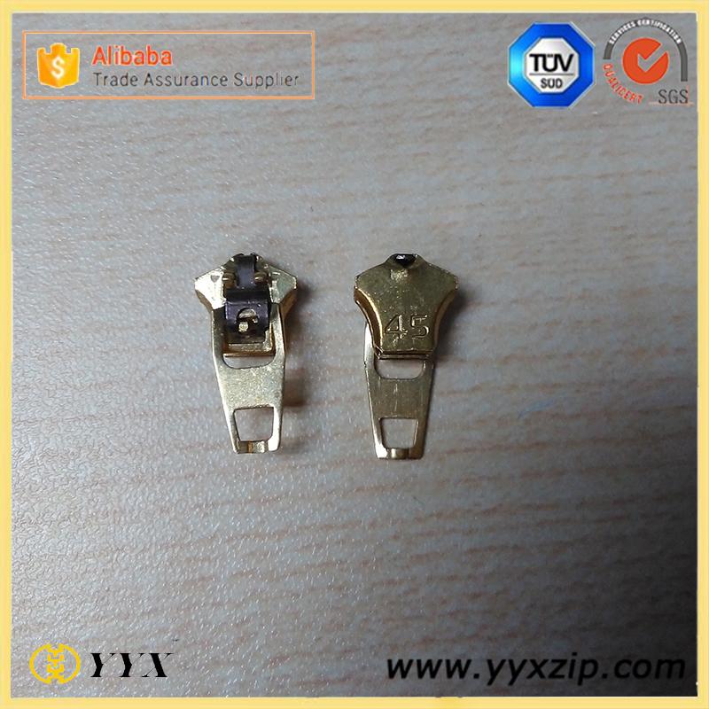 Spring Auto Lock 4.5 YG Zipper Slider