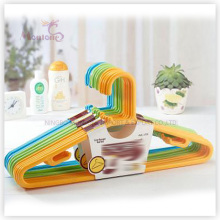 PP Plastic High Quality Clothes Hanger Set of 5 (44.5*22cm)
