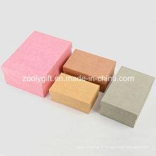 Assortiment de tissu couleur Papier texturé Boîtes d'emballage cadeau