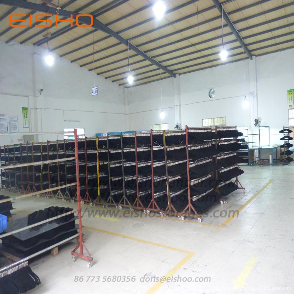 Velvet hanger factory 3