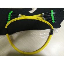 Cable de conexión de fibra óptica monomodo MPO