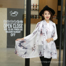 2016 New Lady′s Flower Printed Elegant Fashion Silk Scarf