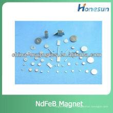 aimants de néodyme/ndfeb frittés n35 pièces magnétiques