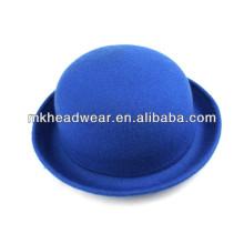 Chapeau de feutre doux rond et bleu