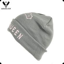 Haute qualité en tricot Custom Design Beanie Beanie avec broderie