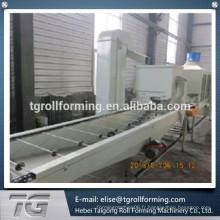 Machine de formage de panneaux de carreaux en Vermiculite