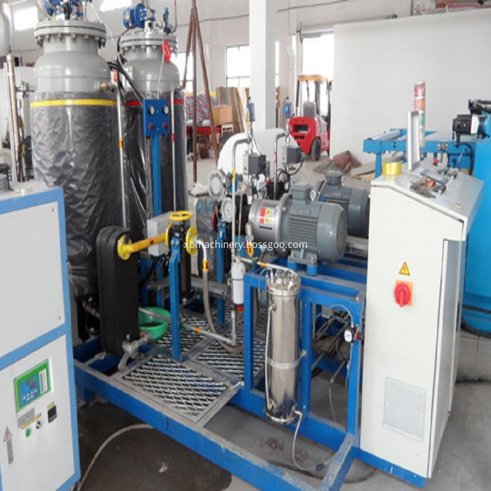 Phenolic foam insulation board production line