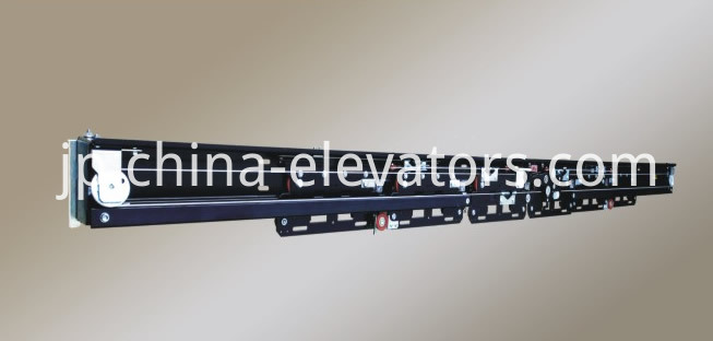 6 Panels Freight Elevator Landing Door Mechanism Center Opening