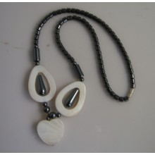 Hématite perle collier de coquillages