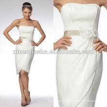 Без бретелек с Sash атласная свадебное платье