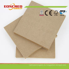 Tipos de Folha Tablero de MDF de madera lisa / Panel de chapa de MDF para marcos de cuadros Diseña el mercado de Dubai