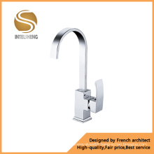 High Quality Brass Kitchen Faucet (AOM-2109)
