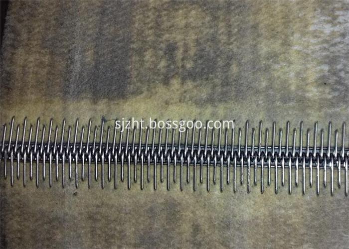 needle belt seam
