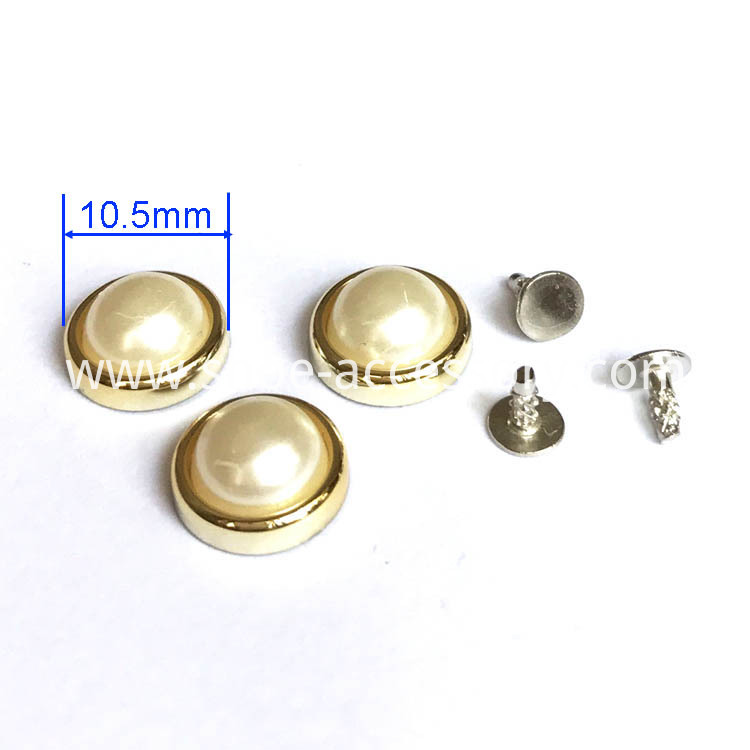 Nailed Pearl Studs 10.5mm