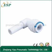 Adaptateur d'eau de coude de Type L / Plug In