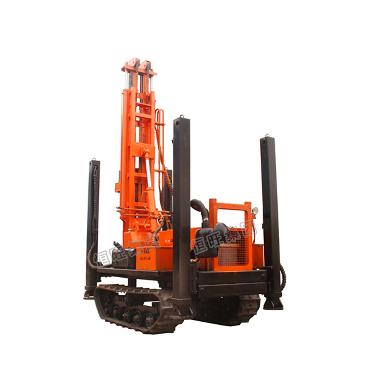 pneumatic water well drilling rig