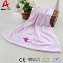 manta de bebé con mantas bordadas de lana de coral con ribete de raso