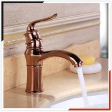 China OEM de oro rosa de zinc die casting latón lavabo mezclador baño grifo