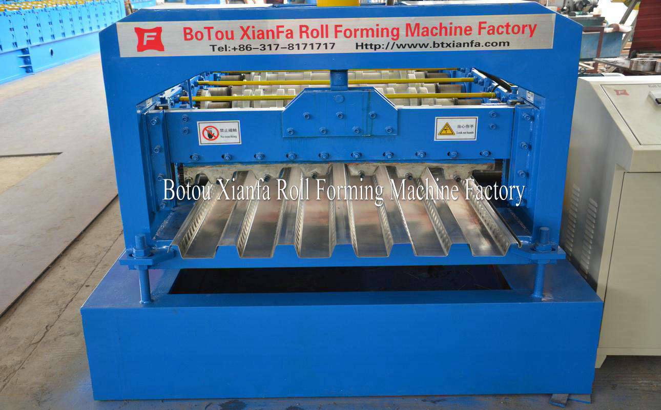 steel floor borad forming machine