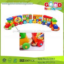 2015hotsale y los fabricantes locos del alfabeto de madera para niños juguetes de tren conjunto