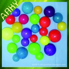 Boules plastiques pour terrains de jeux