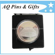 Emblemas de prata esterlina com caixa de plástico