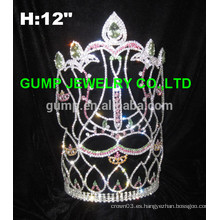 Corona grande de la flor de lis