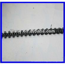 Cadena de rodillos de transmisión con accesorios