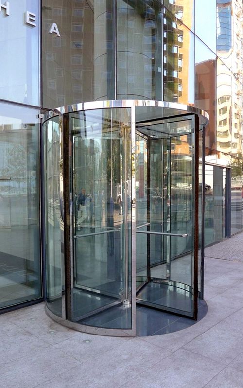 Drum Wall Load-bearing for Four-wing Revolving Doors