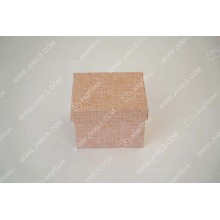 Подарочная коробка ручной работы из розового льна