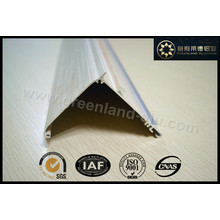 Trilha de alumínio para cortinas de rolo para uso em cassete revestido com pó