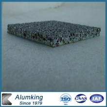 Mousse d'aluminium en mousse métallique