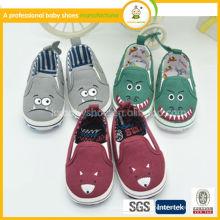 2015 novos sapatos de bebê fofos de moda, novo padrão de sapatos de lona