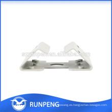 Estampado de acero laminado en frío adaptador de esquina utilizado en la cámara