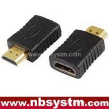 Um adaptador macho macho fêmea para HDMI