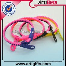 Bracelets de bracelet en plastique bon marché