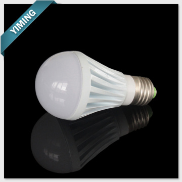 3W Dimmable ampoule LED s'allume