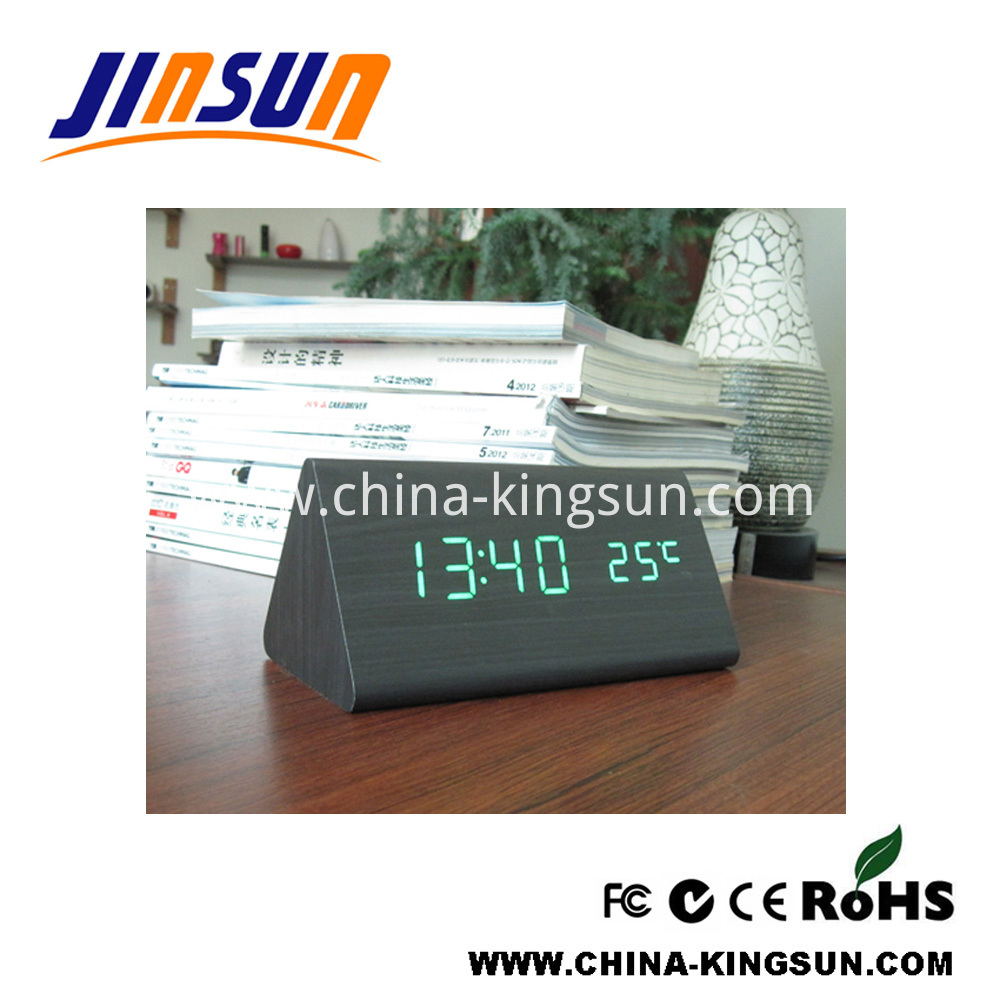 Triangle Led Clock With Temperature 4