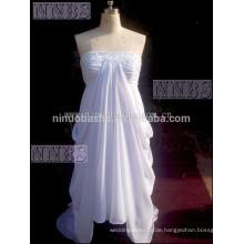 Modische Plus Size trägerlosen weißen Chiffon High niedrigen Hochzeitskleid mit Sequins Flower Braut Kleid