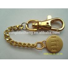 El oro al por mayor / la plata / el precio barato negro redondeó los keychains por encargo formados del metal de la insignia