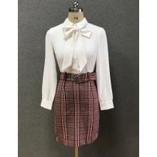 women's white slim shirt/check skirt
