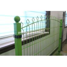 ISO9001 Fábrica barata residencial ornamental valla de hierro forjado modelas / sólido panel de cerca de metal