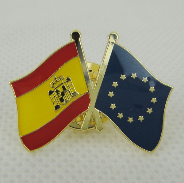 NEW USA COUNTRY PIN MICHIGAN FRIENDSHIP CROSSED FLAGS LAPEL PIN
