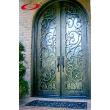 Puerta de hierro forjado con Euro Rain Glass