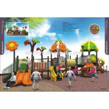 Guarda de jardim infantil e pré-escolar usado parque de diversões de plástico usado